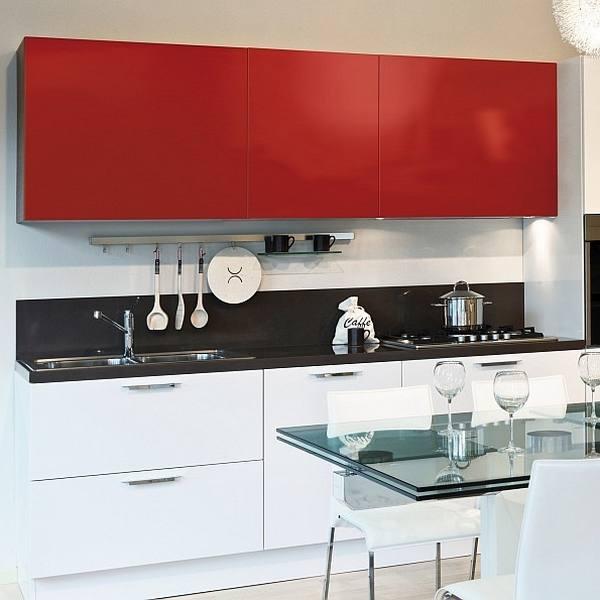 Vinyle adh sif rouge laqu pour personnalis vos meubles for Rouleau vinyle adhesif pour meuble